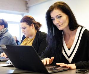 AMU-47189-online-kundeservice-og-raadgivning-uddannelse.jpg
